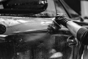 Pielęgnacja lakieru samochodowego